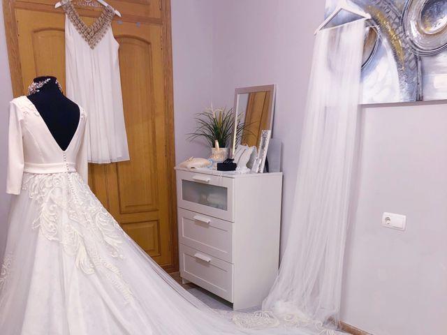 La boda de Carlos y Laura en Oliva, Valencia 12