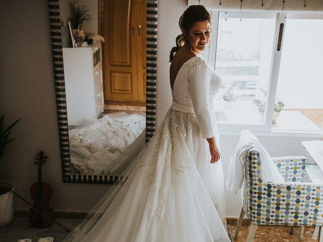 La boda de Carlos y Laura en Oliva, Valencia 22