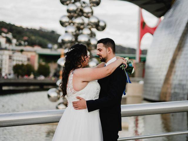 La boda de Samuel y Ana en Bilbao, Vizcaya 23