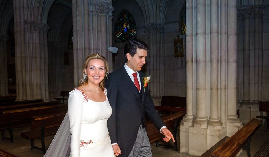 La boda de Miguel Ángel y Isabel en Madrid, Madrid
