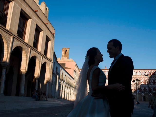 La boda de Eduardo y María en Badajoz, Badajoz 57