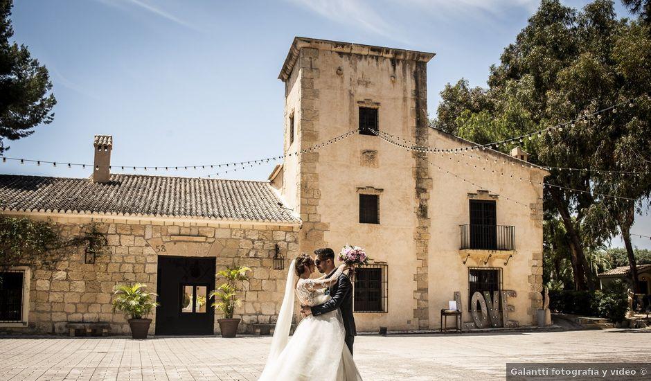 La boda de Andrei y Elena en Partida San Juan, Alicante