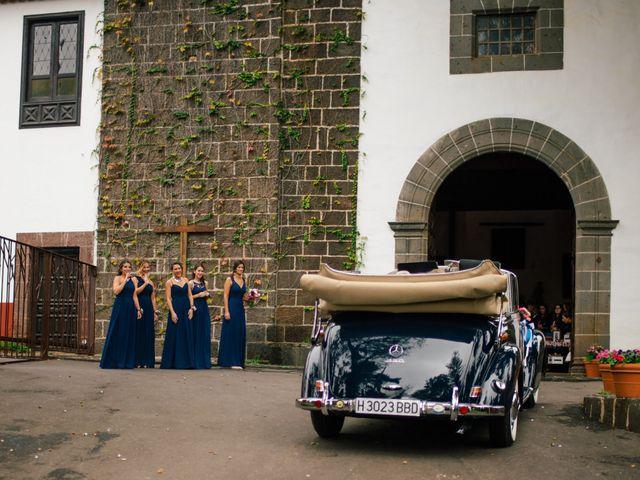 La boda de Josue y Nayra en San Cristóbal de La Laguna, Santa Cruz de Tenerife 33