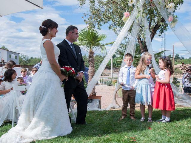 La boda de Iñaki y Vicky en Algar De Palancia, Valencia 22