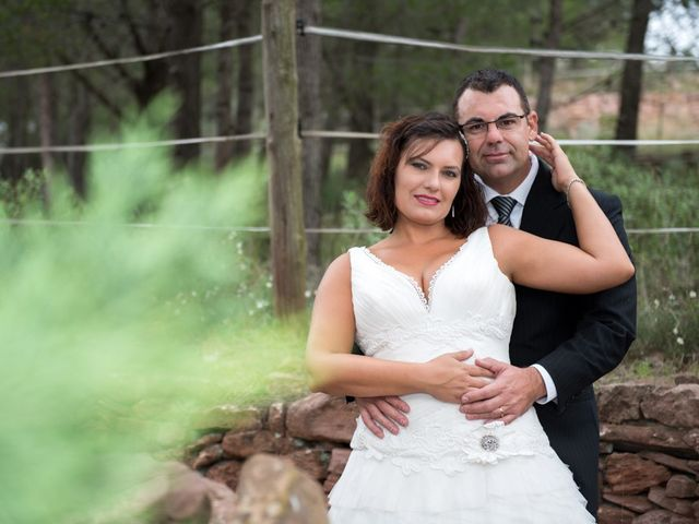 La boda de Iñaki y Vicky en Algar De Palancia, Valencia 32