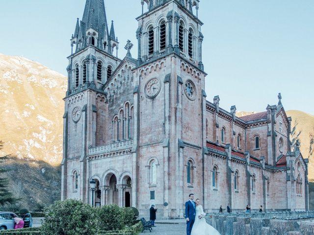 La boda de Yago y Teresa en Covadonga (Cangas De Onis), Asturias 13