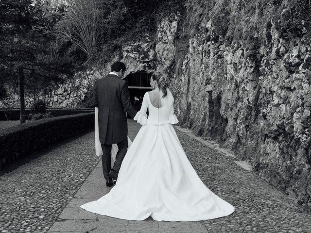 La boda de Yago y Teresa en Covadonga (Cangas De Onis), Asturias 17
