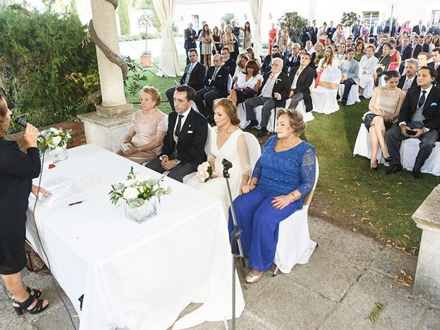 La boda de José Luis y Tatiana en Soto De Viñuelas, Madrid 21
