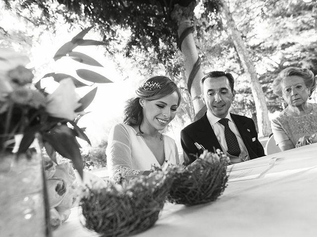 La boda de José Luis y Tatiana en Soto De Viñuelas, Madrid 27