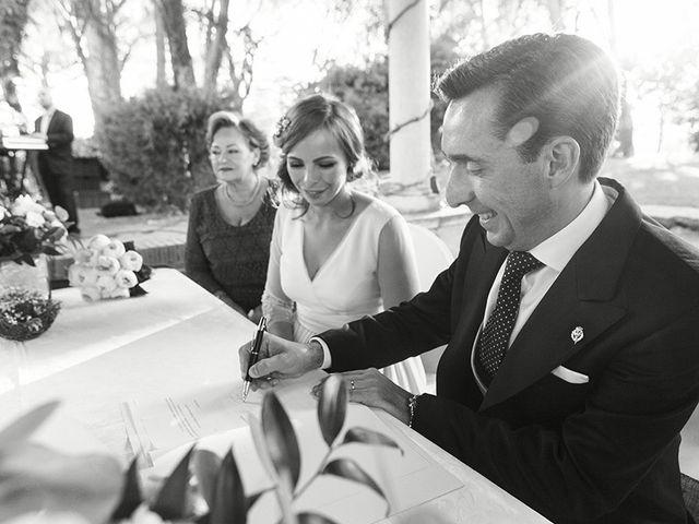 La boda de José Luis y Tatiana en Soto De Viñuelas, Madrid 28
