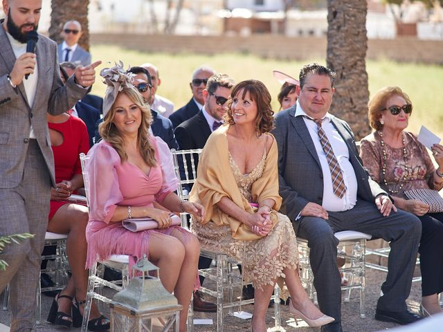 La boda de David y Esther en San Pedro Del Pinatar, Murcia 59