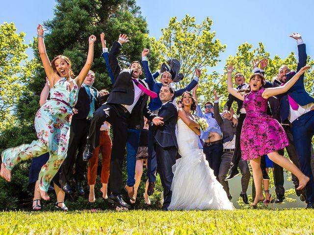 La boda de Borja y Janire en Zamudio, Vizcaya 16