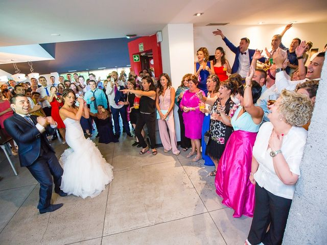 La boda de Borja y Janire en Zamudio, Vizcaya 36