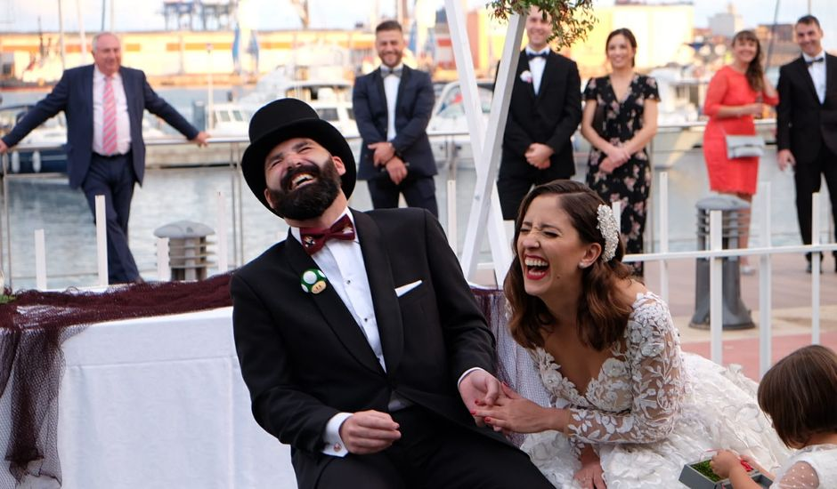La boda de Toni y Belen en Grao de Castellón, Castellón