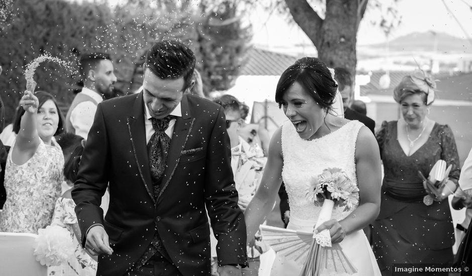La boda de Javi y Sonia en Mérida, Badajoz