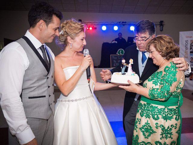 La boda de David y Cristina  en Cádiz, Cádiz 126