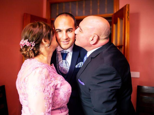 La boda de Fernando y Virginia en Almendralejo, Badajoz 13