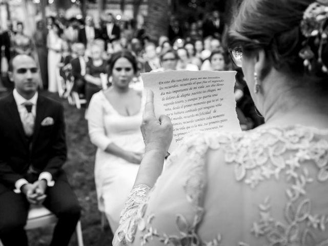 La boda de Fernando y Virginia en Almendralejo, Badajoz 36