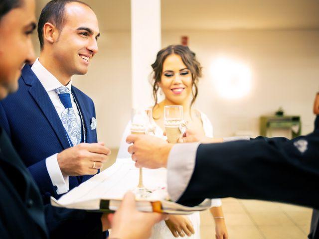 La boda de Fernando y Virginia en Almendralejo, Badajoz 46
