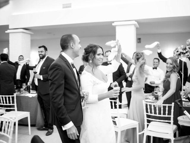 La boda de Fernando y Virginia en Almendralejo, Badajoz 47