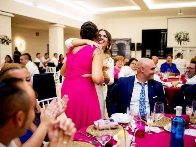 La boda de Fernando y Virginia en Almendralejo, Badajoz 51