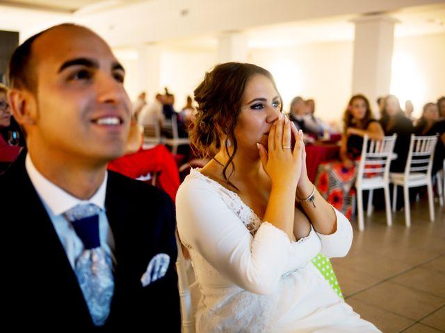 La boda de Fernando y Virginia en Almendralejo, Badajoz 52
