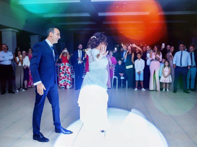 La boda de Fernando y Virginia en Almendralejo, Badajoz 54