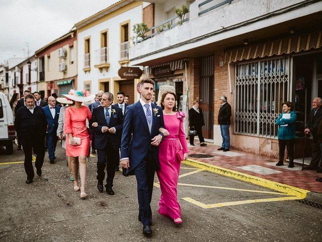 La boda de Juande y Inma en Villafranca De Cordoba, Córdoba 19