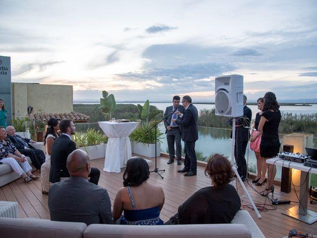 La boda de Santi y Lucía en Valencia, Valencia 11