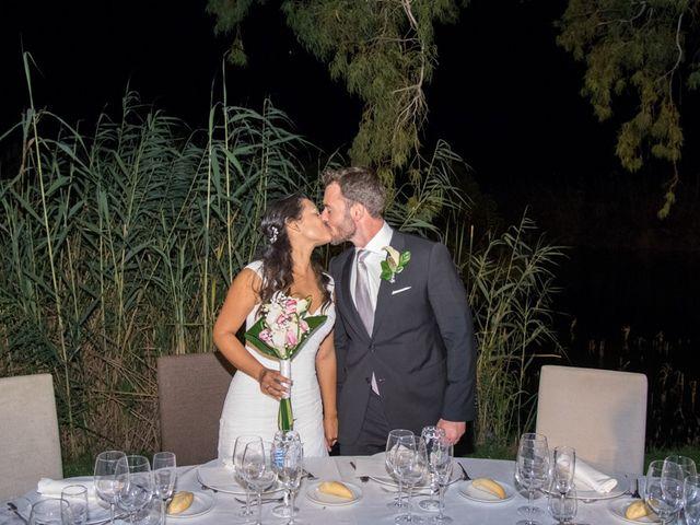 La boda de Santi y Lucía en Valencia, Valencia 15