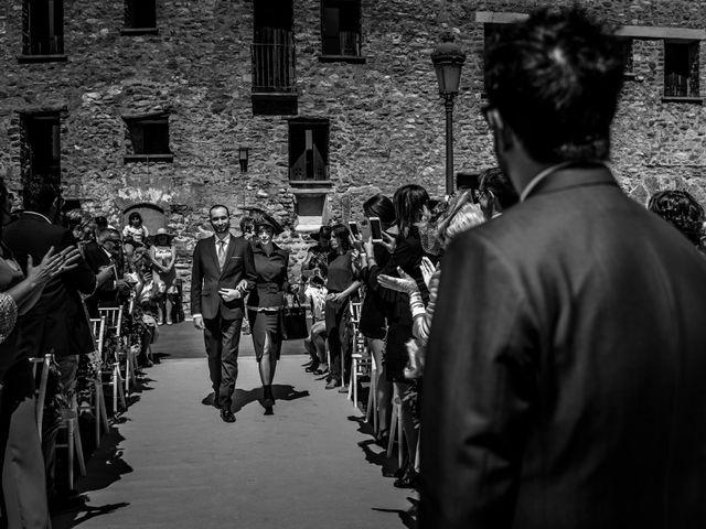 La boda de Alessandro y Alejandro en Ligüerre De Cinca, Huesca 36