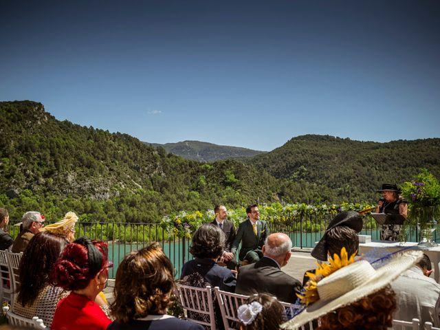 La boda de Alessandro y Alejandro en Ligüerre De Cinca, Huesca 45