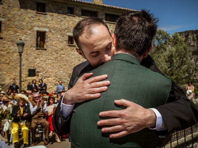 La boda de Alessandro y Alejandro en Ligüerre De Cinca, Huesca 48