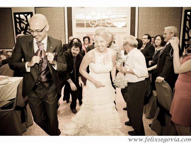 La boda de Baker y Elisa en Mora, Toledo 16