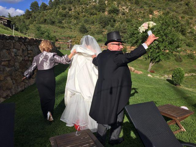 La boda de Mark y Irene en Lleida, Lleida 19