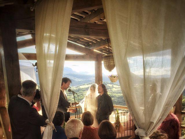 La boda de Mark y Irene en Lleida, Lleida 20