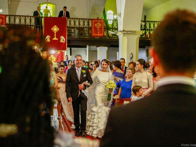 La boda de Jose y Noelia en Herrera Del Duque, Badajoz 16