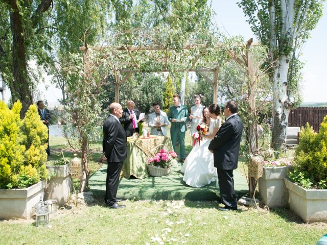 La boda de Cristina y Priscila en Alcala De Ebro, Zaragoza 1