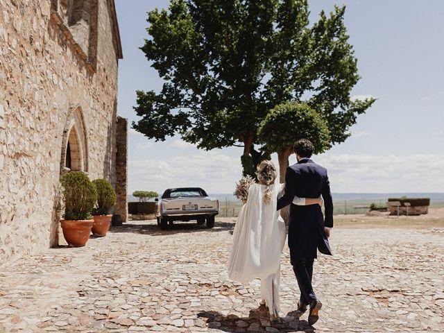 La boda de Jorge y Maria en Ballesteros De Calatrava, Ciudad Real 104