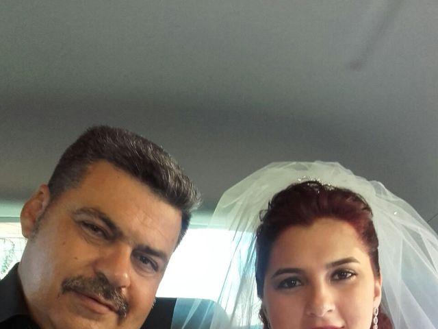 La boda de Dennys Andrés  y Leslie  en L' Hospitalet De Llobregat, Barcelona 28