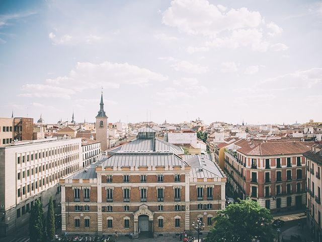 La boda de Oliver y Laura en Madrid, Madrid 3