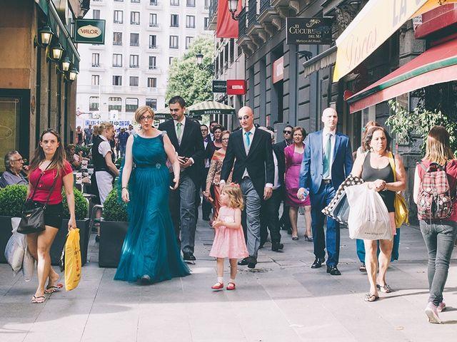 La boda de Oliver y Laura en Madrid, Madrid 12