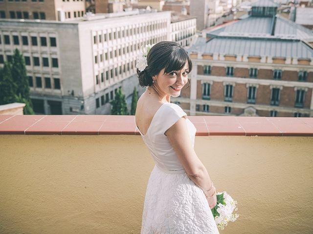 La boda de Oliver y Laura en Madrid, Madrid 40