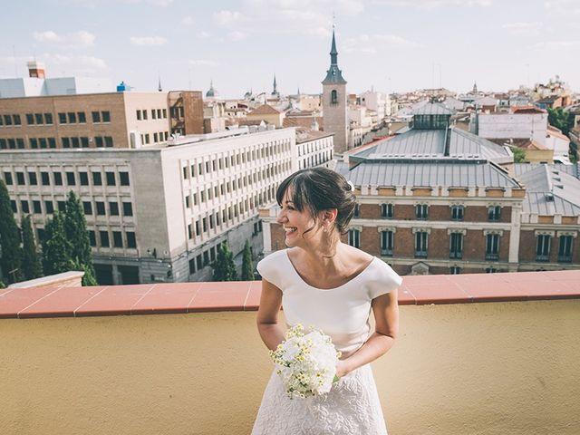 La boda de Oliver y Laura en Madrid, Madrid 41