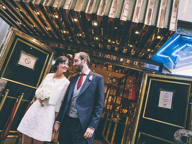 La boda de Oliver y Laura en Madrid, Madrid 58