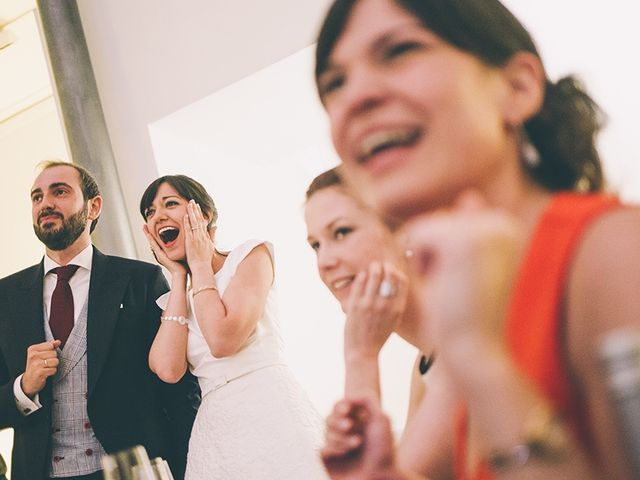 La boda de Oliver y Laura en Madrid, Madrid 77