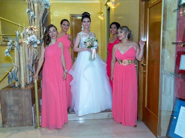 La boda de Manuel  y Nereida en Beniparrell, Valencia 1
