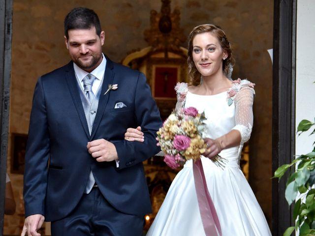 La boda de Edu y Ana en Valdastillas, Cáceres 15