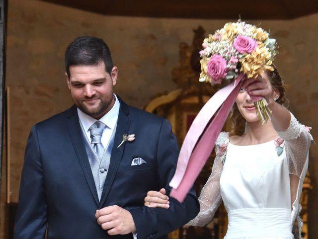 La boda de Edu y Ana en Valdastillas, Cáceres 17