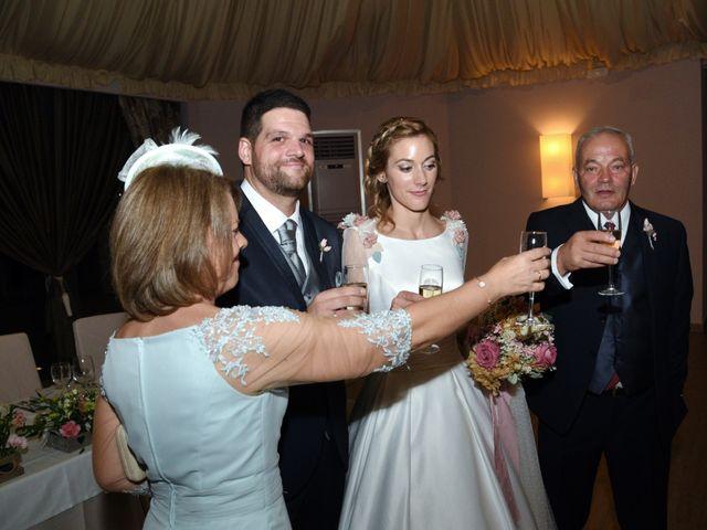 La boda de Edu y Ana en Valdastillas, Cáceres 28